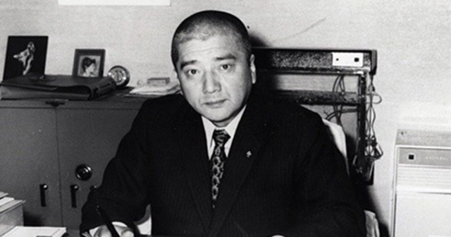 社長退任宣言 - ブラジャーで天下を取った男 ワコール創業者・塚本幸一 ...
