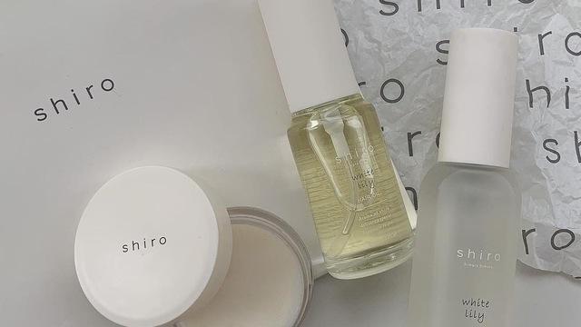 柔軟 リリー ホワイト shiro 剤